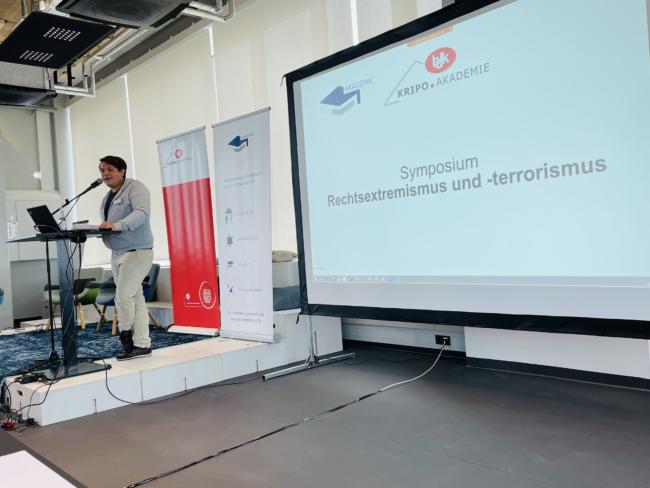 Symposium Rechtsextremismus und -terrorismus EXIT-Deutschland beim Bund Deutscher Kriminalbeamter